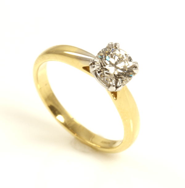 Yellow Gold Solitaire Eng Ring