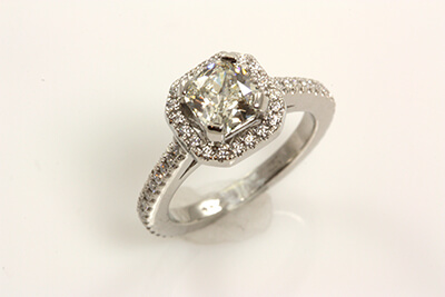 Cushion Shaped Diamond Halo Designed Engagement Ring